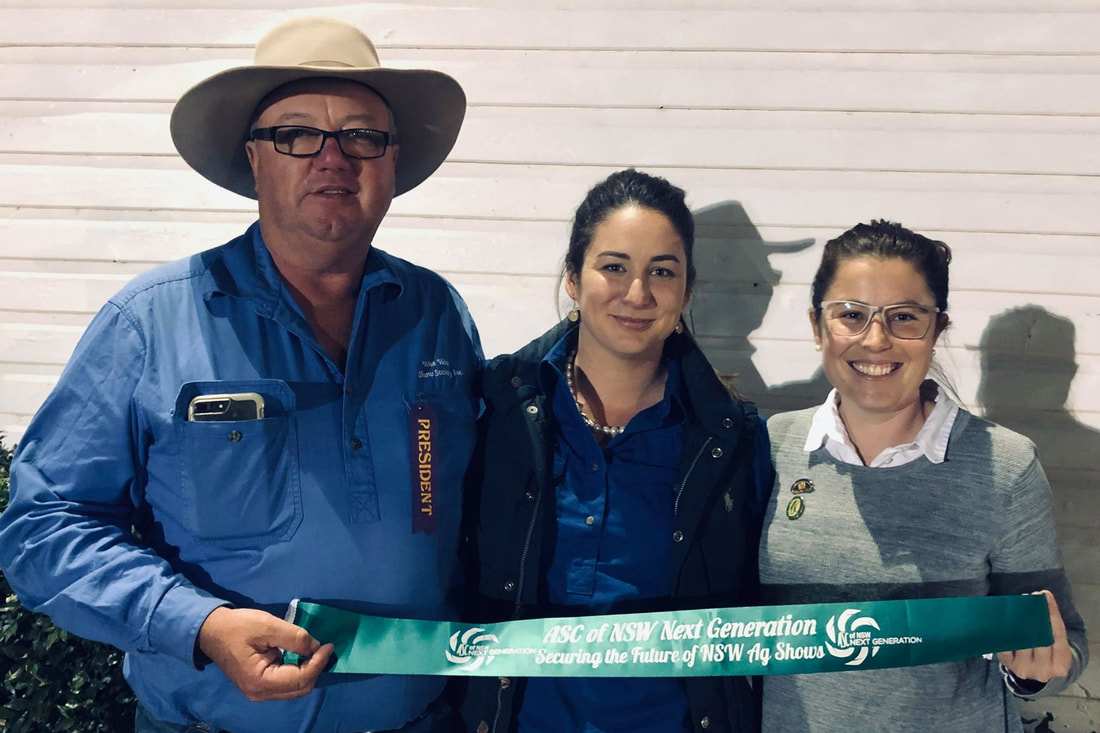 Recipient of a Youth Contribution Ribbon Jana Collier (centre) with Brett Dickson, President of Wee Waa Show, and ASC of NSW Next Generation Group 14 Delegate Bec Cope.